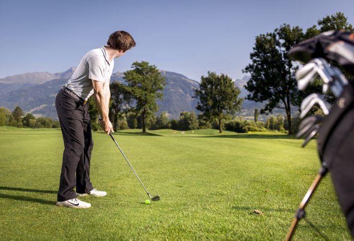 Golfer South Tyrol Alps